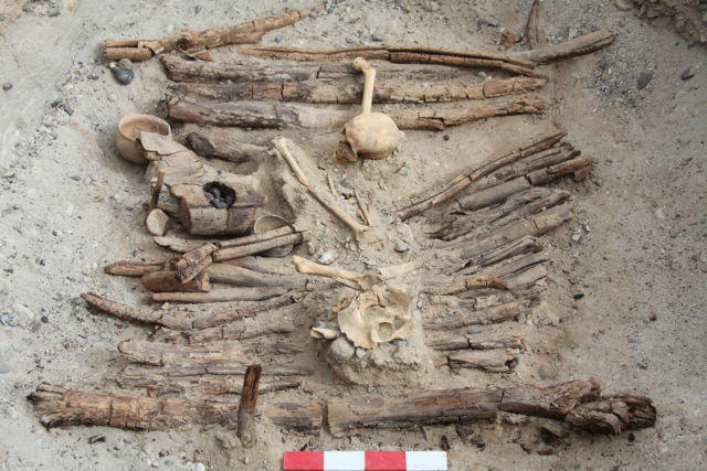 اكتشاف قبر حجري يعود الى ما قبل 3 آلاف سنة